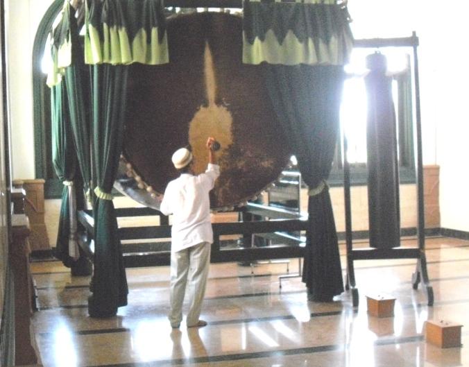 Beduk dan Kentongan yang masih difungsikan dengan baik di Masjid Agung Jawa Tengah Semarang