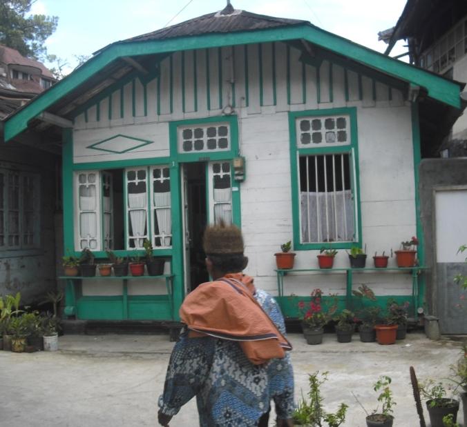 Bangunan Rumah Model Lama